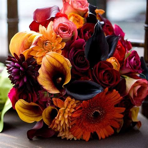 A Guide to Fall Wedding Flowers     TopWeddingSites