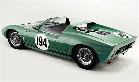 Ford GT40 Roadster Prototype Could Set World Record at RM