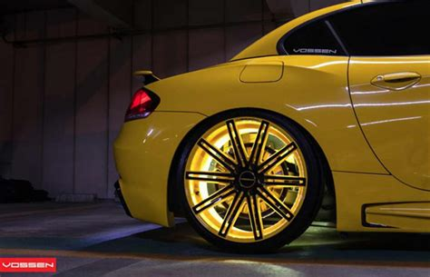 Vossen Wheels Goes Yellow With This Tron-Like BMW Z4 | Complex