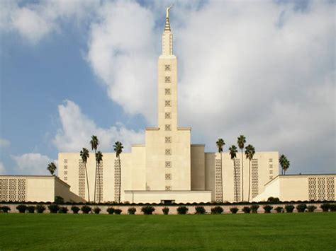 Beautiful Los Angeles churches, temples and cathedrals