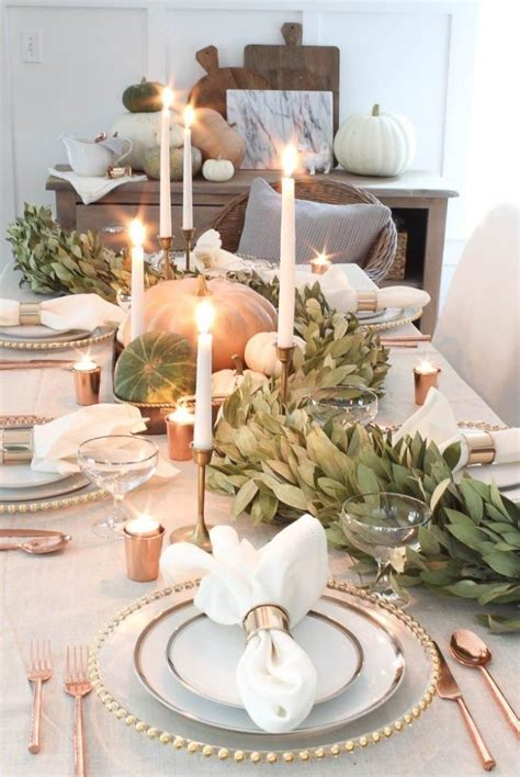 9 Beautiful Simple Thanksgiving Table Ideas - Uptown