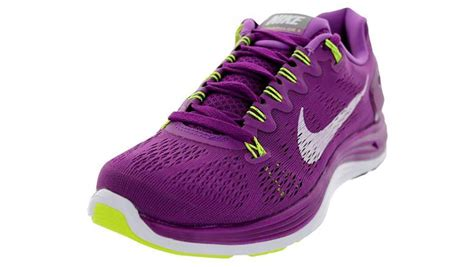 Top 5 Best Nike Running Shoes for Women   Heavy