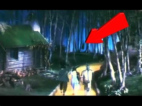 10 Creepy Things in the Background of Movies You've Never